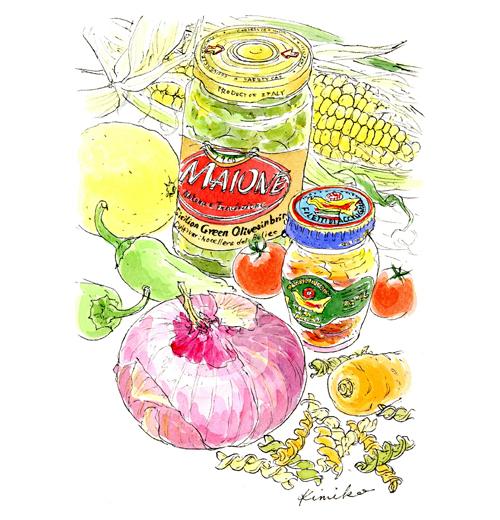 トウモロコシ、しし唐、レッドオニオン。夏の野菜がキラキラしている。オリーブの瓶とアンチョビの瓶を並べてみました。