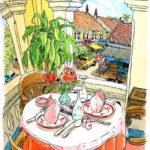 シェムリアップ。オールドマーケットを見下ろすコロニアル風の瀟洒なカフェ。テーブルには赤い絵付けの皿とバラの花。ガラスの無い窓から乾いた風が吹き抜けていく。