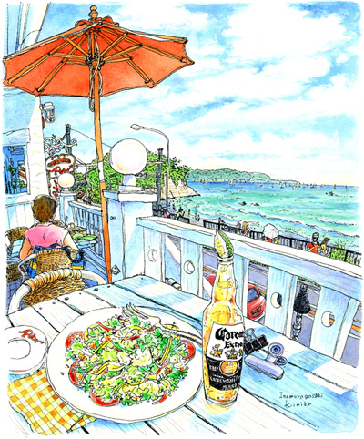 次の週また稲村ガ崎へ。座ったのは別の白いテラス。暑くて、手前のコンビニで硬いアイスを買ったばかり。困ったナ。ウエイターさんにお願いして、帰りまでお店の冷凍庫に預かっていただいきました。風に吹かれてご機嫌スケッチ。江ノ島は遥か右後方です。